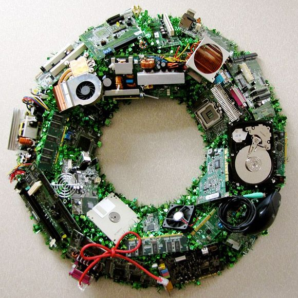 Holiday-Wreath-For-Geeks
