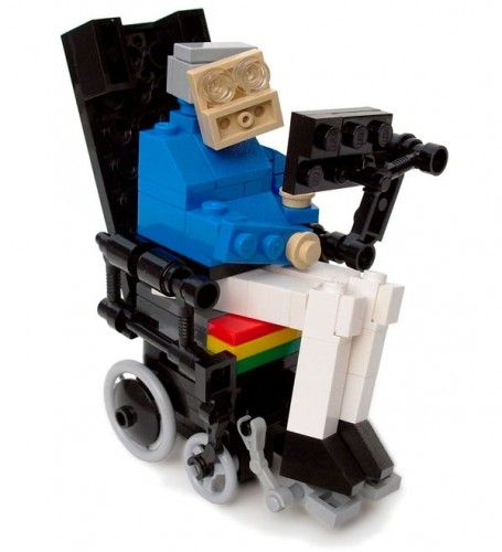lego-stephen-hawking-by-the-living-brick