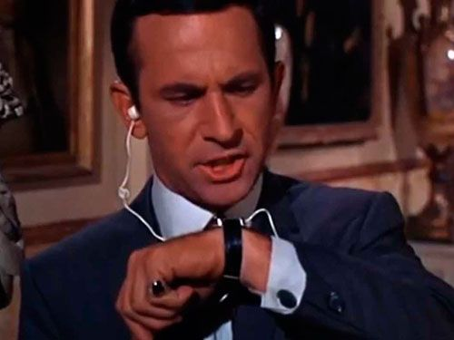 samsung-is-showing-a-really-good-commercial-for-its-new-galaxy-gear-smart-watch-during-football-today