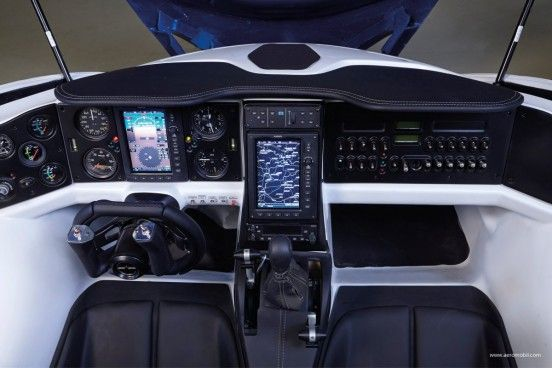 and-is-equipped-with-all-the-dashboards-needed-for-flight